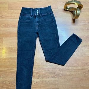 American Eagle Black High-waisted Jeans